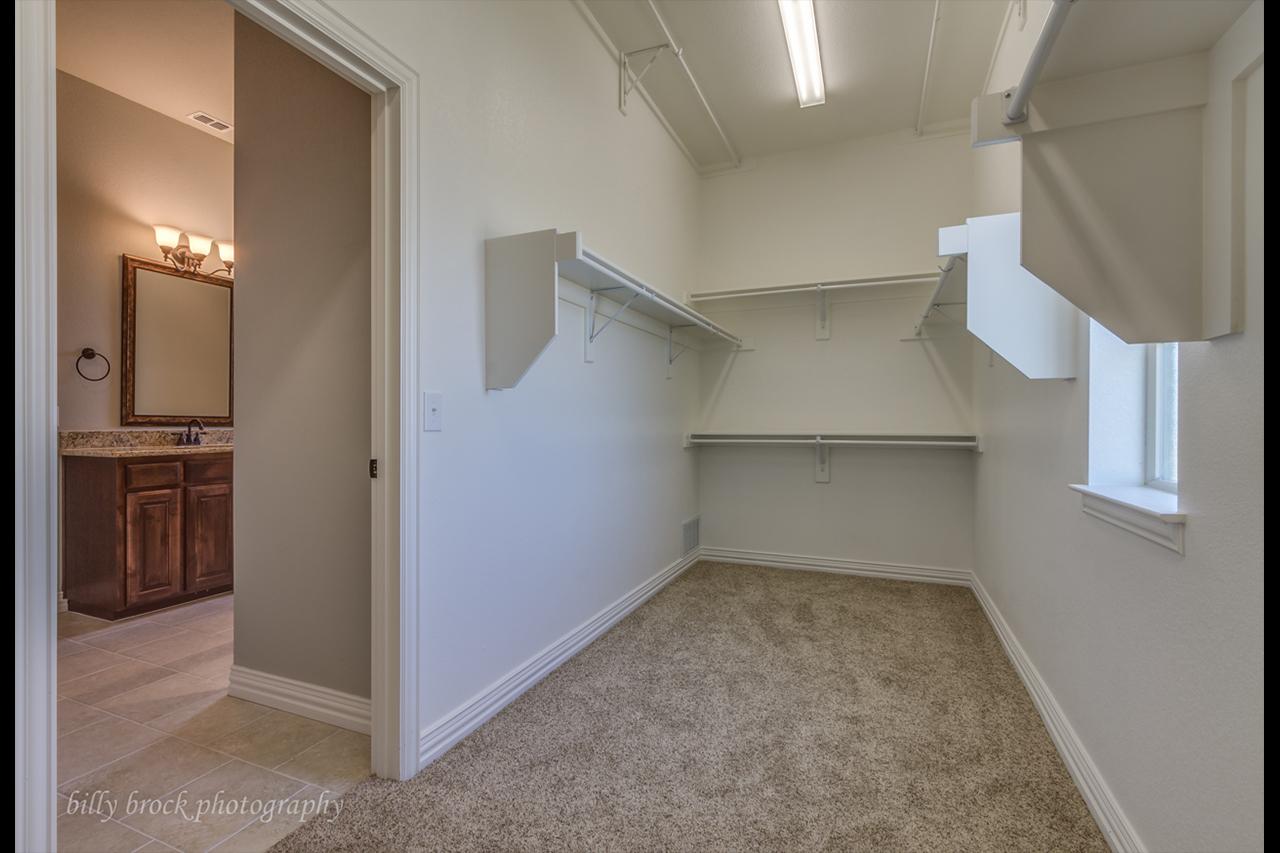 2314 / 3bd – 2bth – 3 Garage images